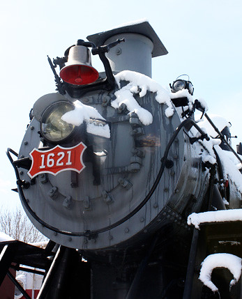 closeup-steam-engine