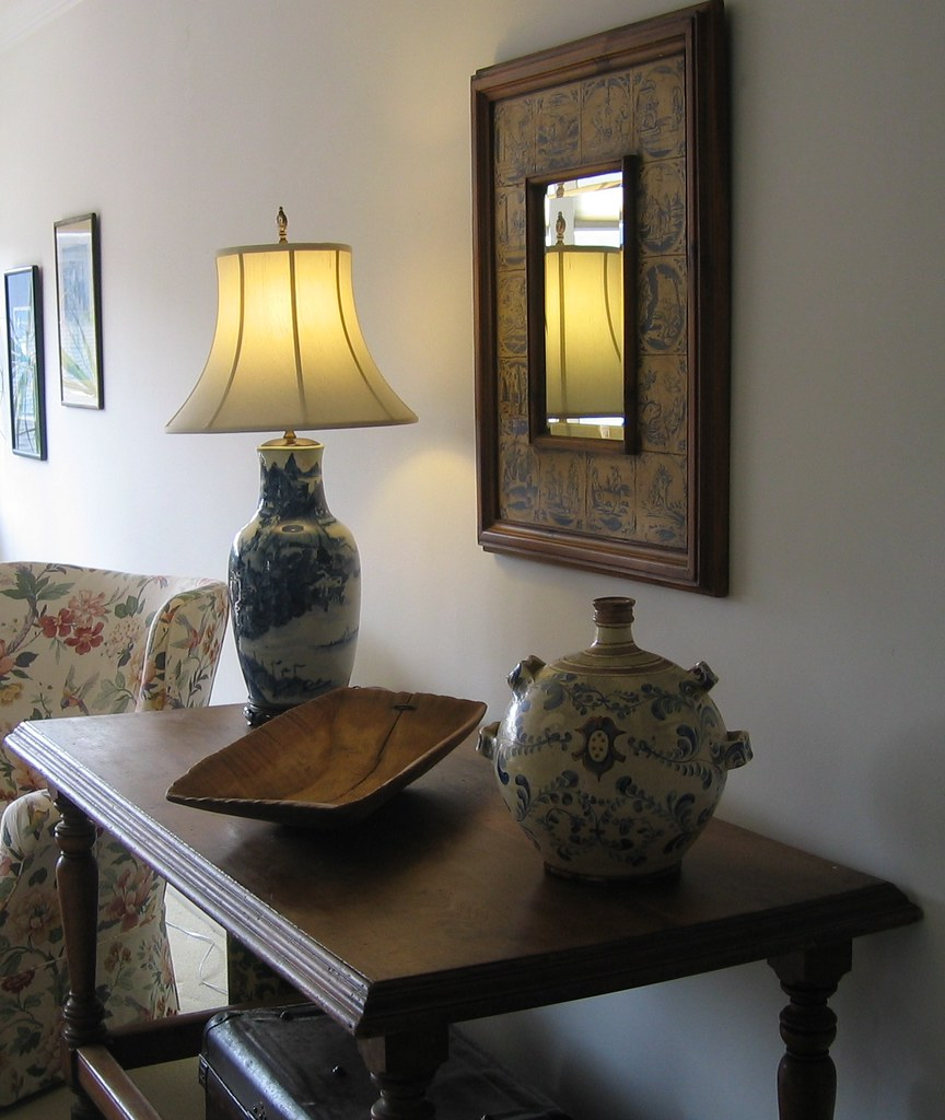Decorative Antiques Make an Entry Hall