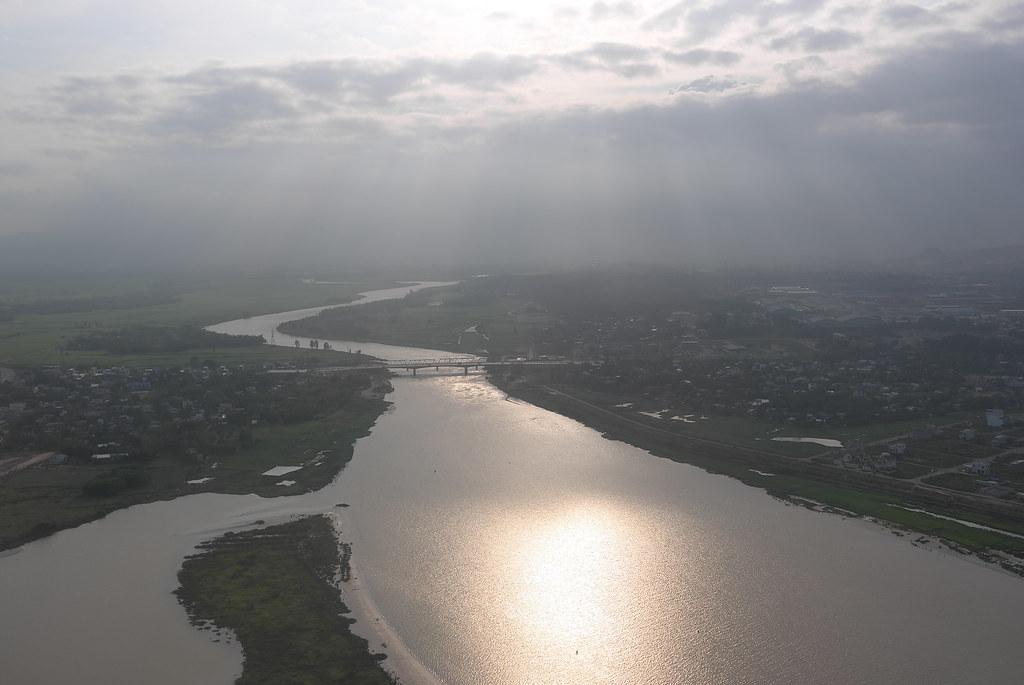 Sông Cẩm Lệ