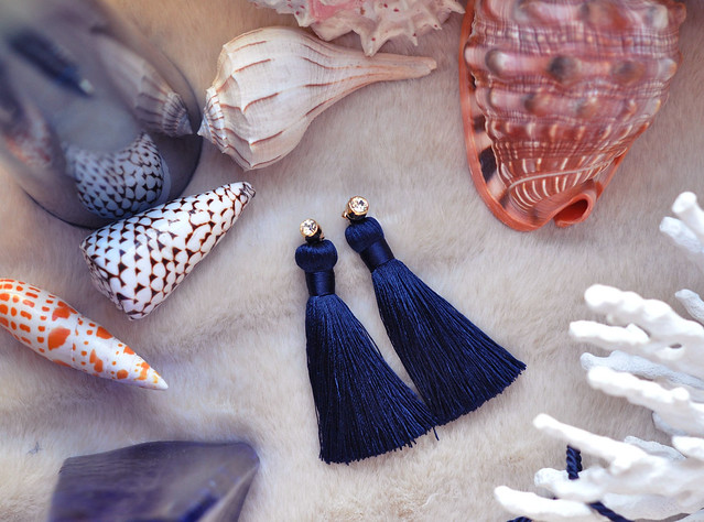tassel earrings with diamond studs with sea shells