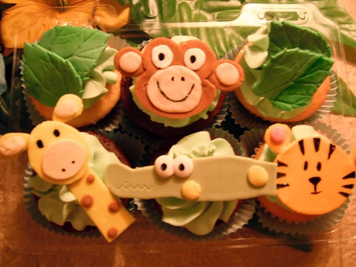 Safari Cupcakes by mimi's creations