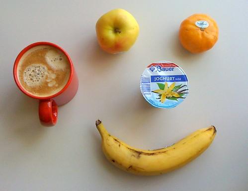 Vanillejoghurt, Golden Delicious, Banane & Clementine