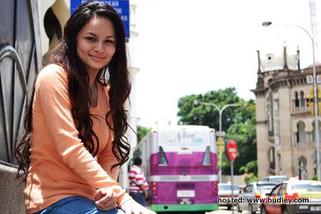 Ixara Aishah (Laila)