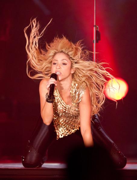 Shakira A+0 2011 (137) by al7n6awi