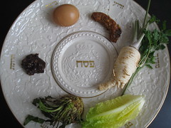 Seder Plate (Plant Design Online) Tags: plate symbols passover pesach