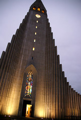 Imposing Tower (little_frank) Tags: door new light sky building tower art clock church window monument glass parish architecture modern facade observation island grey iceland islandia big high construction europe torre christ angle symbol bell prayer religion great north hallgrimskirkja iglesia kirche reykjavik christian stained chiesa campanile fantasy igreja huge restoration nordic column tall lutheran northern monolith reykjavk glise eglise imposing greatness hallgrmskirkja masterpiece basalt towering islande  icelandic islanda resemble facciata columnar   kirkjan hallgrimur hallgrmur sland islandese