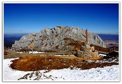 Shika Snow Mountain Prayer Stones () (Kenny Teo (zoompict)) Tags: china mountain holiday snow climb yahoo google high shangrila getty yunnan kenny trecking zoompict shikasnowmountain mountainstockphotography