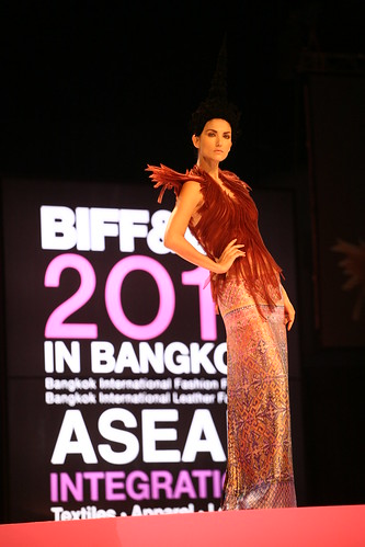 Creations by Kai leading Thai designer.JPG