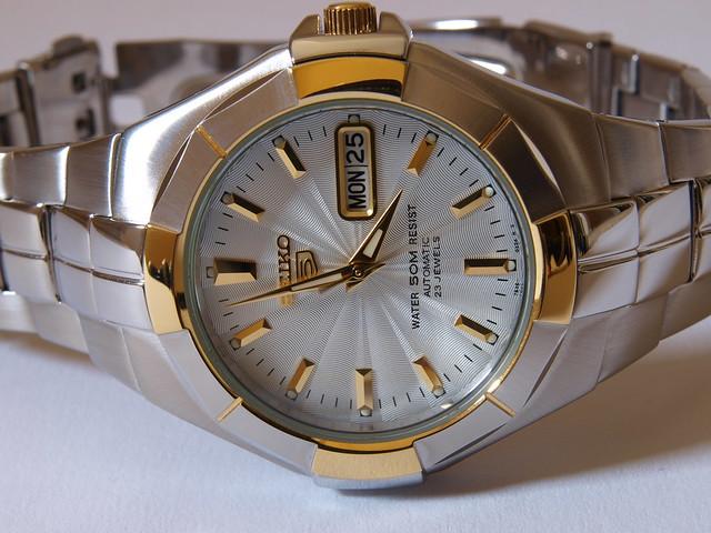japan movement stainlesssteel mechanical watch olympus automatic seiko zuiko 1454mm seiko5 23jewel 7s36 zuikohighgrade snze30