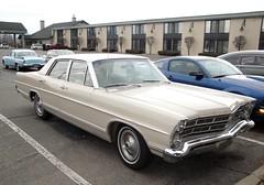 67 Ford Galaxie 500 (DVS1mn) Tags: cars ford car sedan cream seven 1967 500 67 galaxie sixty nineteen fomoco ninety henryford 4door fordmotorcompany ninetysixtyseven nineteensixtyseven