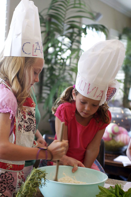 claire and livi mixing shortcakes