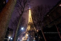 la tour et la nuit (superUbO) Tags: light sky paris france night torre tour report center eiffel icon luci notte parigi 324 superubo wwwphotoworksit