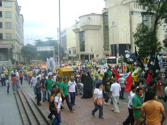 Primero de mayo: Día del Trabajo. Manifestaciones nacionales.