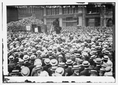Berkman Addressing Anarchists, Union Sq., 7/11/14  (LOC) (The Library of Congress) Tags: newyorkcity men crowd banner demonstration signage anarchy libraryofcongress anarchist unionsquare berkman anarchists boaters xmlns:dc=httppurlorgdcelements11 alexanderberkman july111914 dc:identifier=httphdllocgovlocpnpggbain16560