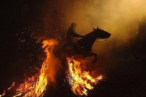 horses-through-the-fire-2