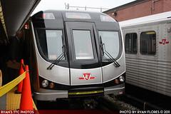 IMG_6003 (R. Flores) Tags: new toronto ontario canada car america train subway bay university display ttc north davisville transit rocket yonge spadina commission thunder articulated bombardier t35a08