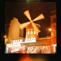 Moulin Rouge (Uka wonderland) Tags: paris moulin rouge lomography dianaf