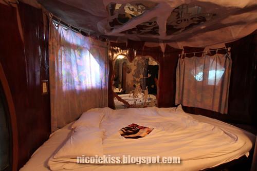 tiger room 2