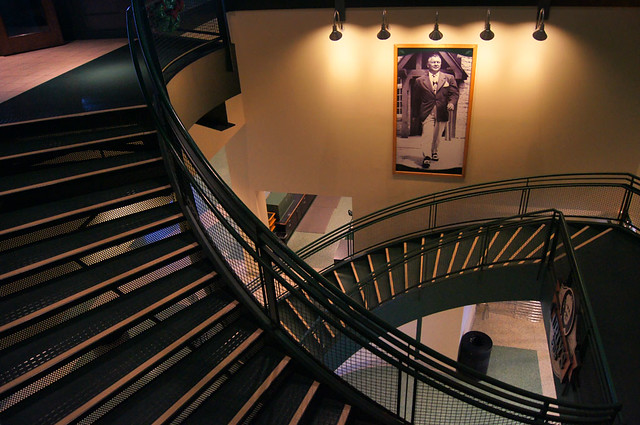 green bay packers, green bay, wi, curly lambeau, lambeau field, frozen tundra, title town, coach curly lambeau, curly's pub, lambeau field atrium, stairs, stairway, second floor, portrait, green and gold, packers, football, legend, history, architecture, steps, curved stairway, staircase, entrance, bill pevlor, pops digital, spotlights,