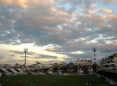 sunday's afternoon sky (vp27) Tags: sky football afternoon stadium soccer sunday greece genti vp iraklio ofi heraklio koule ηράκλειο γήπεδο γεντί κουλέ οφη θεόδωροσ καμίνια βαρδινογιάννησ