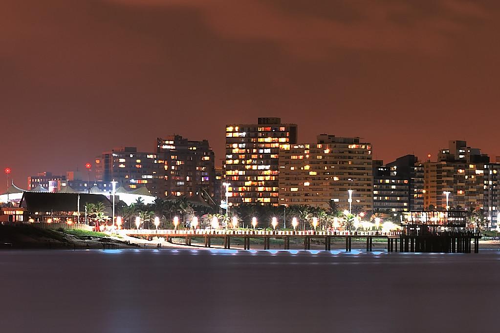 Durban by Night 1024x768 Crop