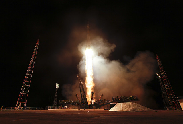 Expedition 27 Launch (201104050004HQ)