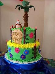 Luau Birthday Cake (jeaneve25) Tags: birthday cake luau tiki fondant buttercream