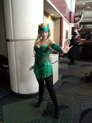 Amora (Pendragon1066) Tags: costume cosplay convention megacon thor marvel amora asgard asgardians costumers balder costumer enchantress megacon2011 balderthebrave