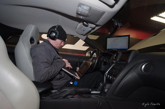 Jason Oefelein tuning a Nissan GT-R