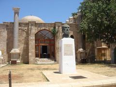 Bust of poet Namk Kemal, Famagusta (hellimli) Tags: cyprus bust piazza zypern famagusta northcyprus famagosta nordzypern mausa famagouste kuzeykbrs   chypredunord namkkemalmeydan namkkemalsquare nordcypern