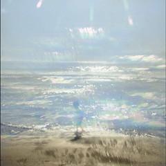 ... happiness to the horizon ... (UBU ♛) Tags: sanfrancisco blue usa water blues dreams pellicola analogico scansione oceanopacifico nikormat blureale bluacqua ©ubu unamusicaintesta landscapeinblues bluubu luciombreepiccolicristalli
