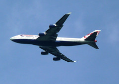 BA B747-436 G-BNLP (EZTD) Tags: airplane photo foto fotograf photos aircraft flight photographic photograph fotos windsor ba britishairways boeing747 lhr b747 photograf fotograaf photographes photographen boeing747436 panasonicdmctz3 gbnlp eztd eztdphotography photograaf departurelondonheathrow fotoseztd eztdphotos leeztd dereztd