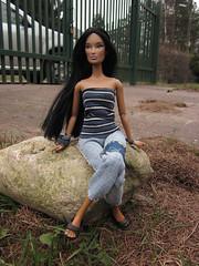 029 (Alrunia) Tags: doll alyssa handmade barbie jade hybrid fashiondoll integrity fashionistas janay rebody 16thscale integritytoys playscale barbiefashionistas frankendolly frankendolll janayfriends