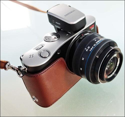 Samsung NX100 20-50mm Zoom lens