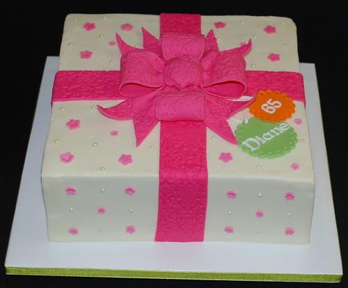 gift box cake designs. Gift Box Cake