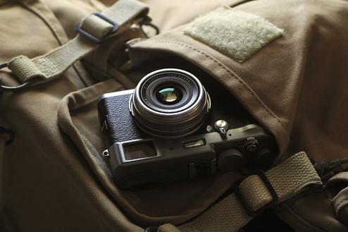 Fuji Finepix X100 retro camera