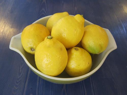 Eight Lemons