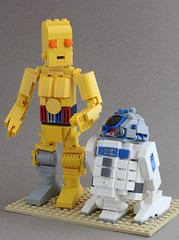 This is all your fault! (SPARKART!) Tags: starwars lego r2d2 scifi droid c3po seethreepio artoo detoo