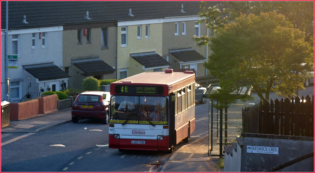 Plymouth Citybus 122 L122YOD