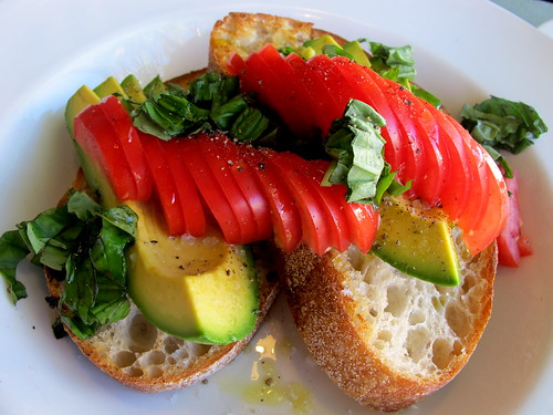 Baffi & Mo tomatoes and avocado