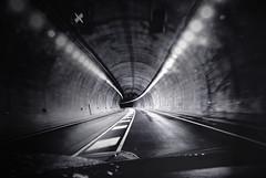 La salida (oo Felix oo) Tags: espaa spain carretera felix bn tunel martinez rioja destino duda piqueras incertidumbre