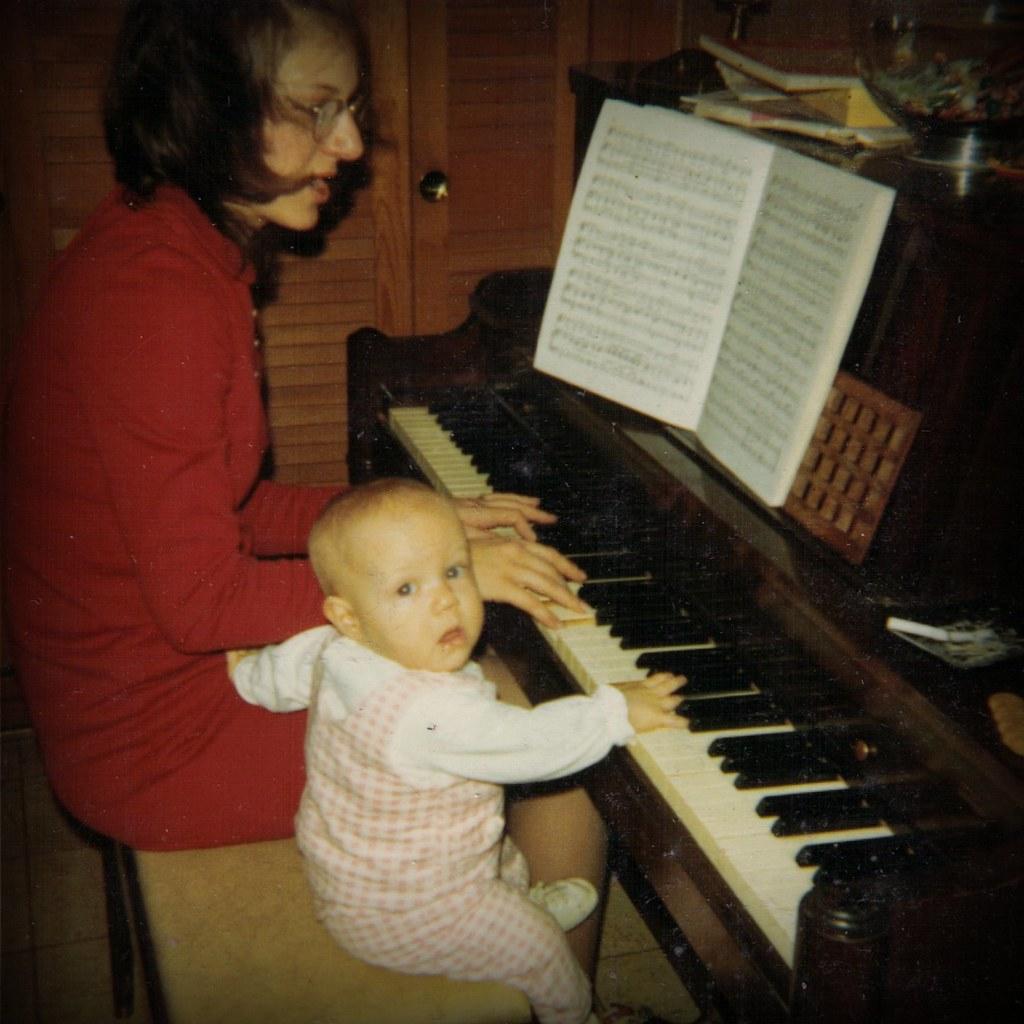 1971 Jen Baby at Piano
