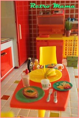 Breakfast is Served! (Retro Mama69) Tags: retro blythe 1960 orangeandyellow retromama kitchentoy retrotoykitchen kitchendiorama vintagetintoykitchen kitchenroombox fuchstoykitchen vintagefuchstoy rementsminiature miniaturetoykitchen niccaskitchen grooviekitchen amscoapartmentfurniture amscodinnette