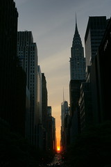 Sunset on 42nd St (David Wong 6) Tags: newyorkcity sunset ny architecture manhattan sony 42ndst alpha za manhattanhenge a700 sooc sal1680z variosonnartdt35451680