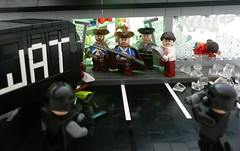 Chaos at Teds Sup'R'Mart. (Lego Junkie.) Tags: lighting travel war lego time union pan ba teds swat prototypes traveler brickarms civiil