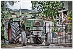 Valet parking only.... (Michel_Derksen) Tags: tractor green fence groen farm driveway hdr hek lightroom boerderij valetparking oprit fendt 16km valetparkingonly hdrlookalike