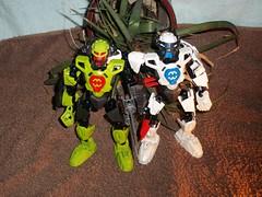 breez 2.5 and stormer 2.5 (MrUploadude) Tags: factory lego 25 hero planet savage stormer mocsbreez mruploadude