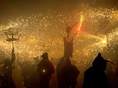 (miansoca) Tags: espaa valencia spain fuego correfoc iberiastreets gettyimagesiberiaq3