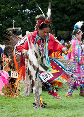 Tradition007 (Ridley Stevens Photography) Tags: family wow fun dance skins spokane dancing native indian traditional feathers american wa tradition pow encampment riverfrontpark beadwork powwow spokanetribe spokanefallsencampmentandpowwow