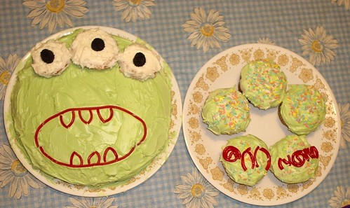 Monster Cake w/plates and candles